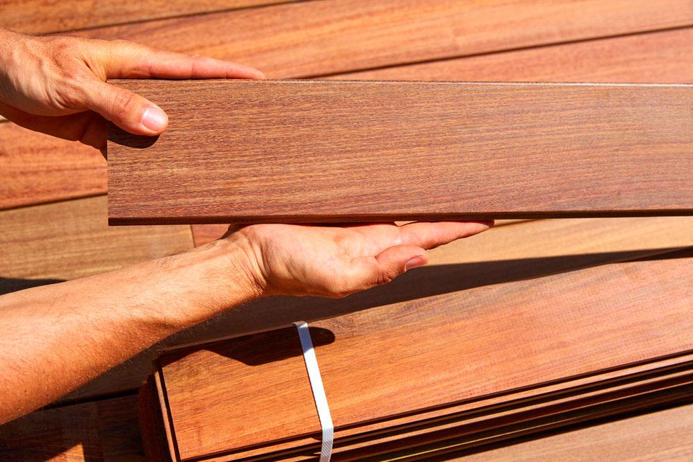 Структура террасной доски из дерева